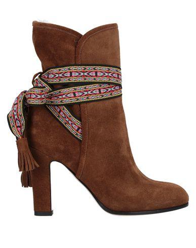 Купить Полусапоги и высокие ботинки коричневого цвета