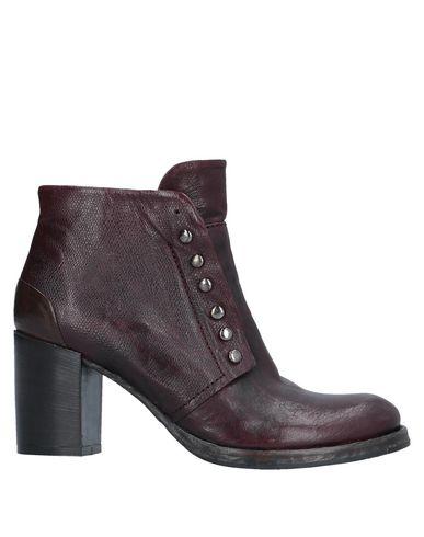 Купить Полусапоги и высокие ботинки от OASI цвет баклажанный