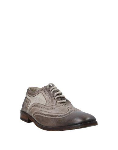 Фото 2 - Обувь на шнурках цвет голубиный серый