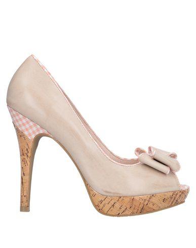 Купить Женские туфли  бежевого цвета
