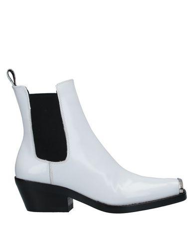 Купить Полусапоги и высокие ботинки от JEFFREY CAMPBELL белого цвета