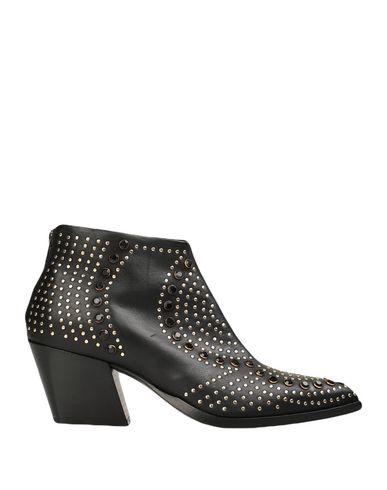 Купить Женские ботинки и полуботинки LEMARÉ черного цвета