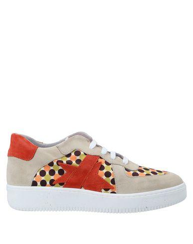 Купить Низкие кеды и кроссовки от ISHIKAWA оранжевого цвета