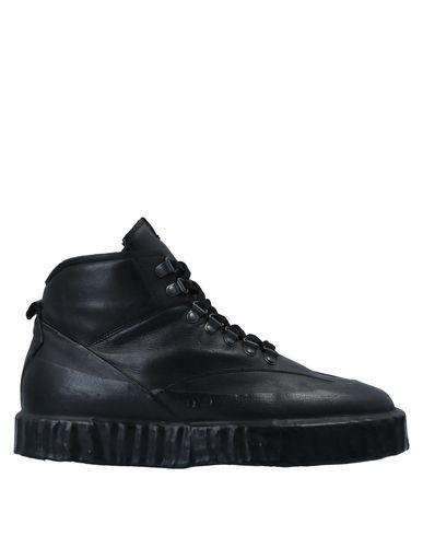 Купить Высокие кеды и кроссовки от O.X.S. черного цвета