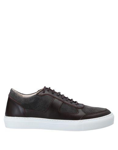 Купить Низкие кеды и кроссовки от ROYAL REPUBLIQ темно-коричневого цвета