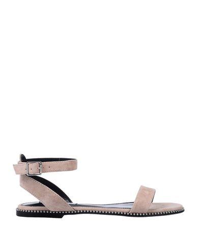 Купить Женские сандали STEVE MADDEN светло-розового цвета