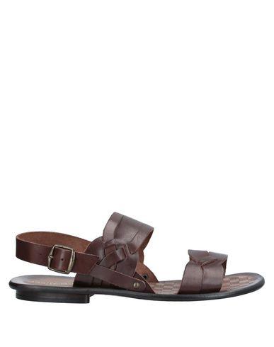Купить Мужские сандали BRIAN DALES темно-коричневого цвета