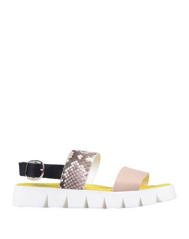 Купить Женские сандали EBARRITO бежевого цвета