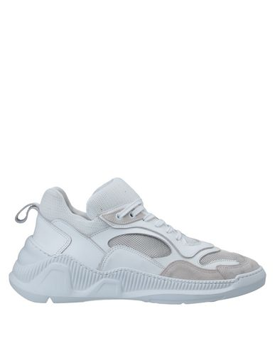 Купить Низкие кеды и кроссовки от SAVIO BARBATO белого цвета