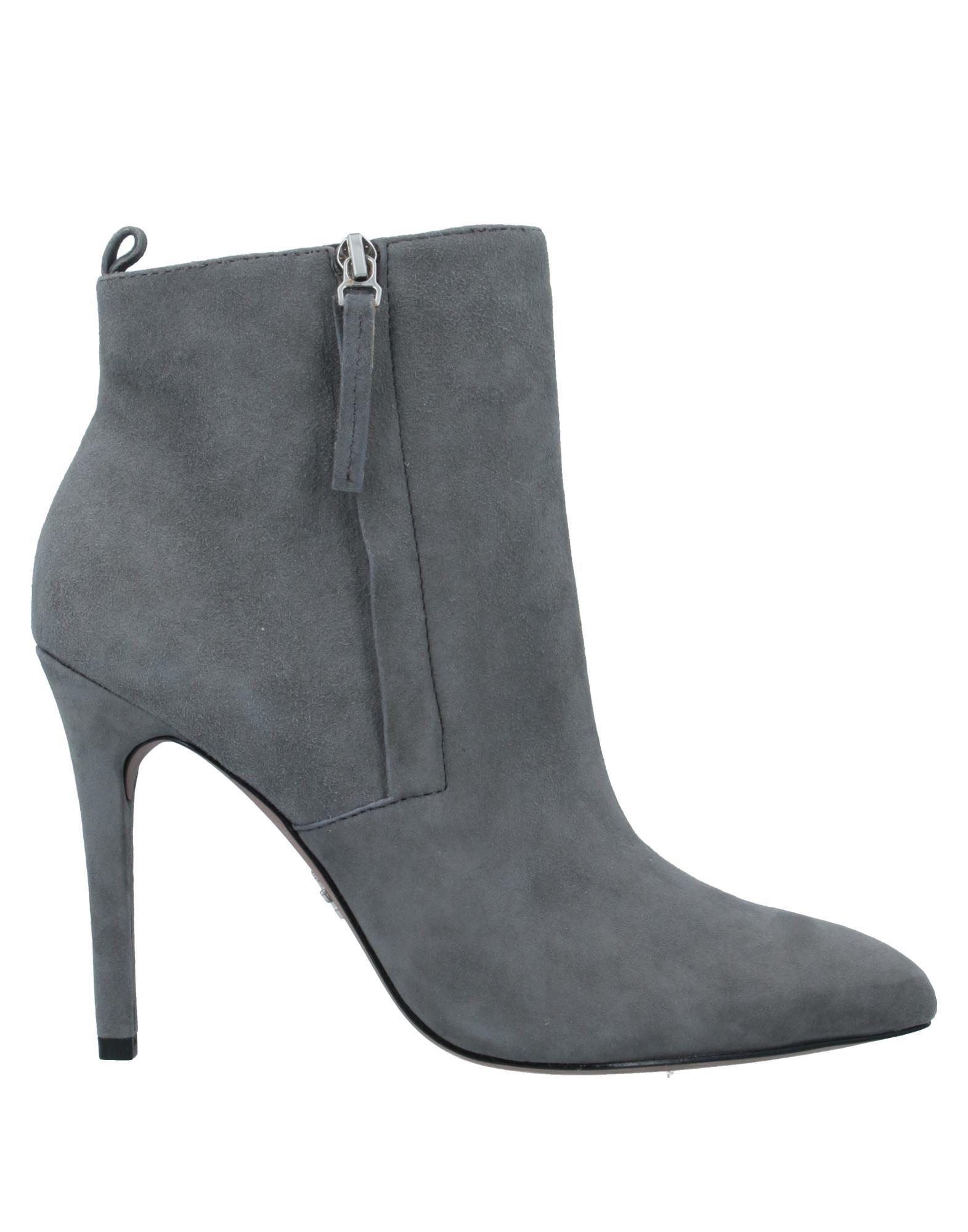 POUR LA VICTOIRE Полусапоги и высокие ботинки цена