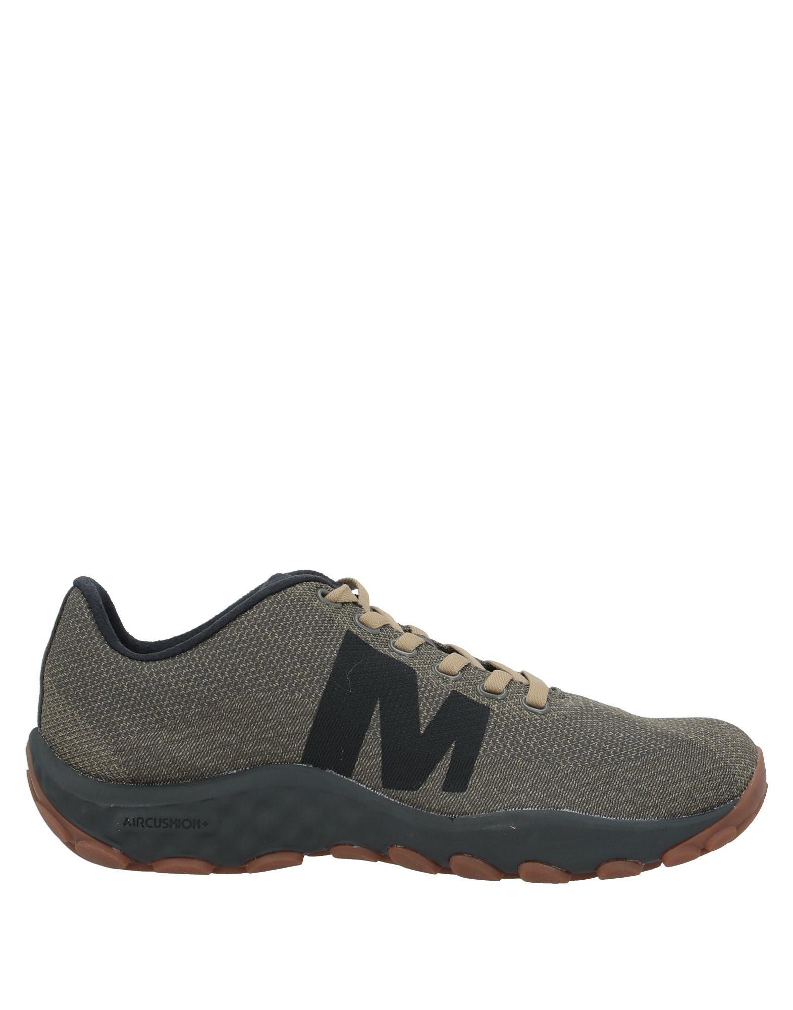 MERRELL Низкие кеды и кроссовки