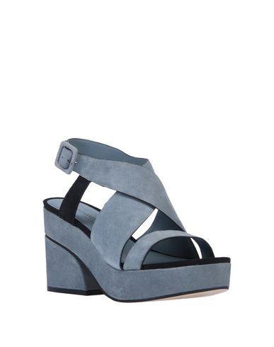 Фото 2 - Женские сандали ELVIO ZANON небесно-голубого цвета
