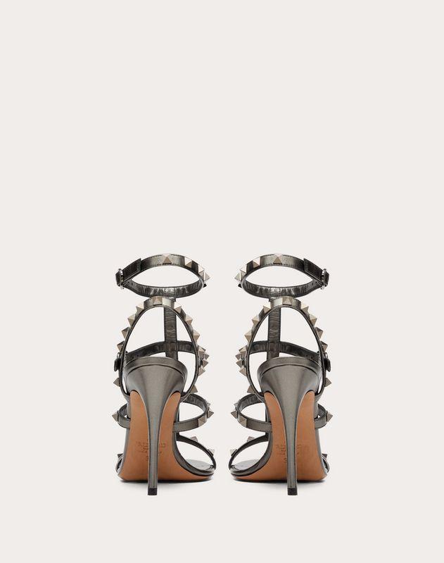 Sandales Rockstud à brides en veau métallisé. Talon: 100 mm