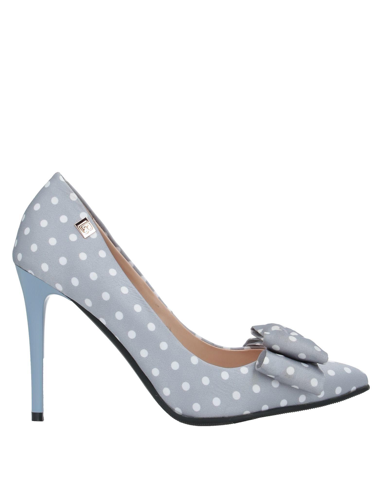 цена LAURA BIAGIOTTI Туфли онлайн в 2017 году
