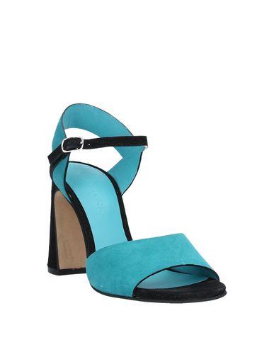 Фото 2 - Женские сандали ELVIO ZANON бирюзового цвета