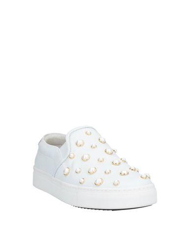 Фото 2 - Низкие кеды и кроссовки от STOKTON белого цвета