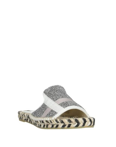 Фото 2 - Женские сандали ESPADRILLES серебристого цвета