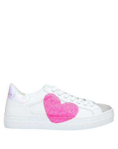 Фото - Низкие кеды и кроссовки от NIRA RUBENS белого цвета