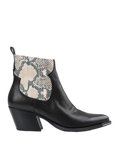 Полусапоги и высокие ботинки Dolce Vita