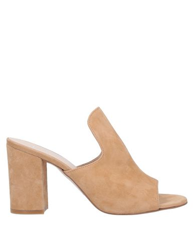 Фото - Женские сандали BIANCA DI бежевого цвета