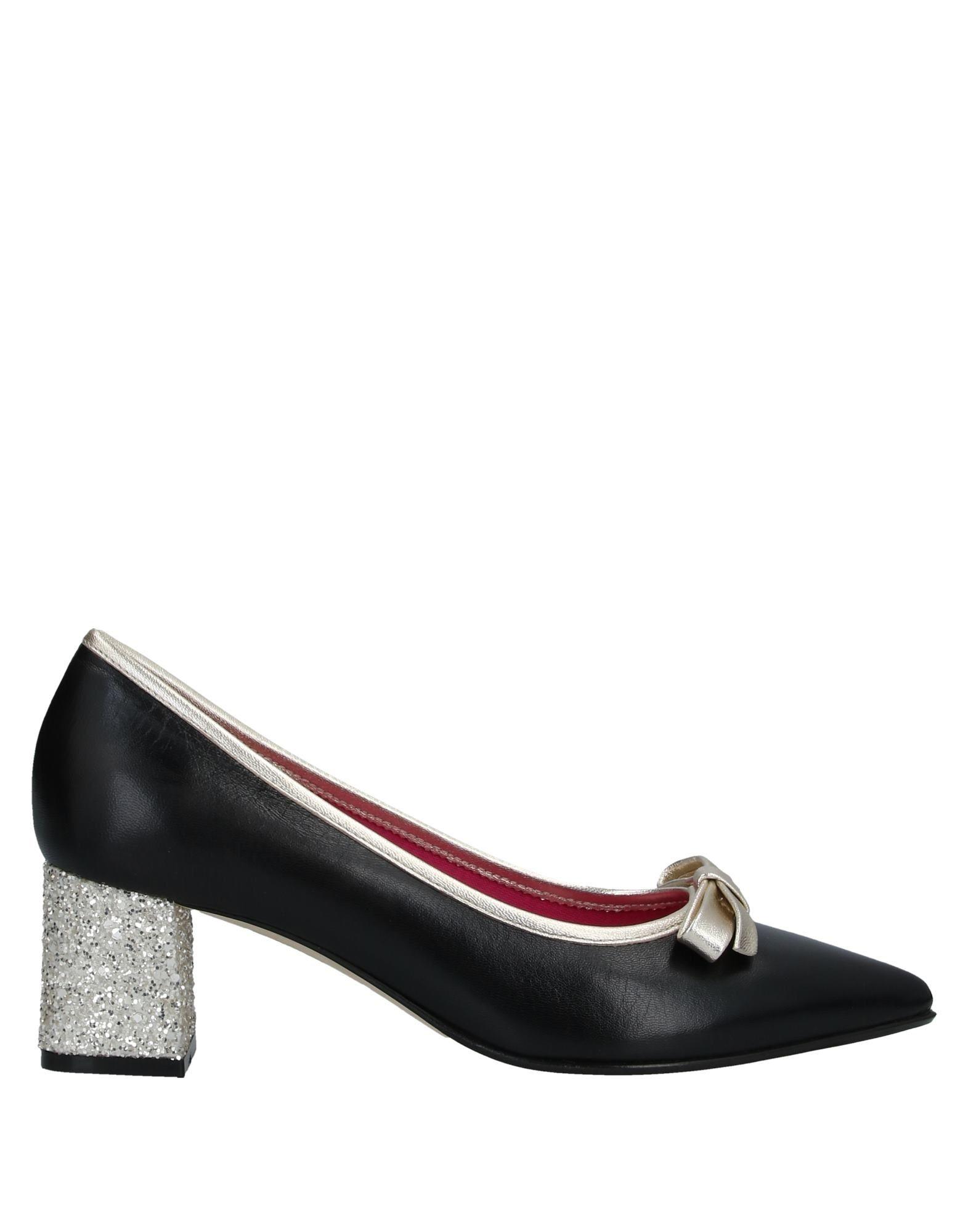 цена LE BABE Туфли онлайн в 2017 году