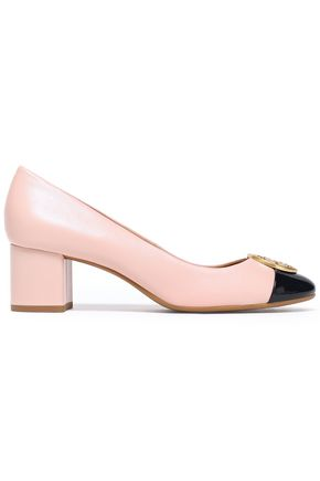 TORY BURCH Patent-paneled logo-embellished leather pumps