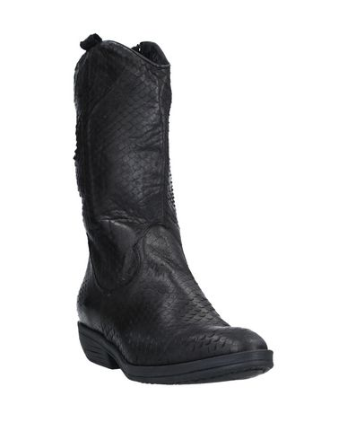Фото 2 - Полусапоги и высокие ботинки от EMOZIONI черного цвета