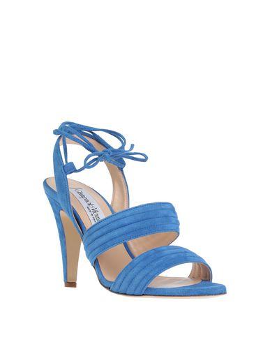 Фото 2 - Женские сандали  ярко-синего цвета