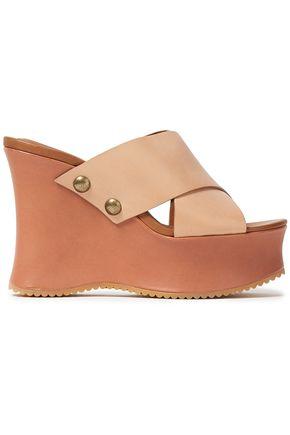 SEE BY CHLOÉ حذاء ويدج من الجلد المزخرف بأزرار معدنية