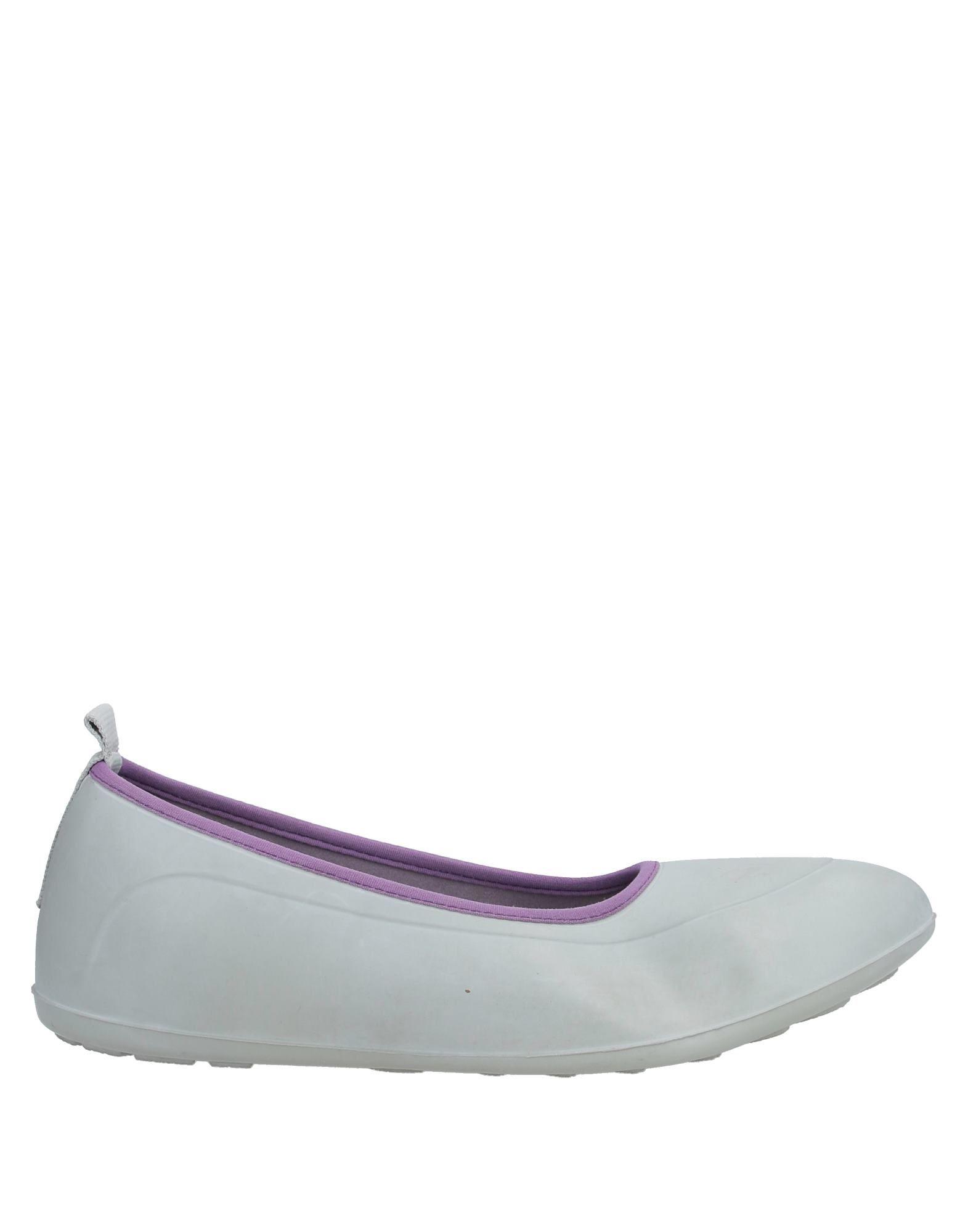 демикс кроссовки белые