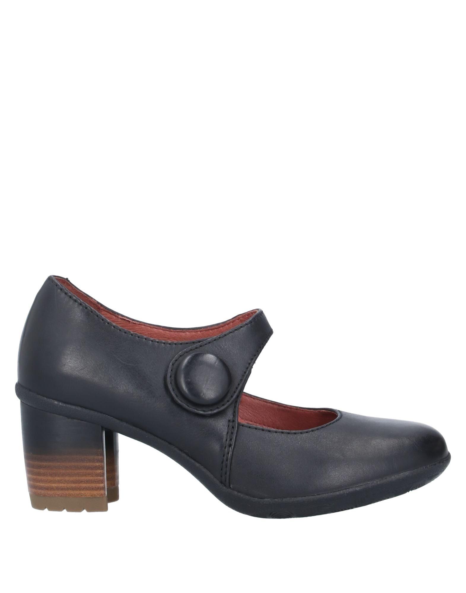 DANSKO Pumps. no appliqués, solid color, velcro closure, round toeline, square heel, leather lining, rubber sole, contains non-textile parts of animal origin. Soft Leather