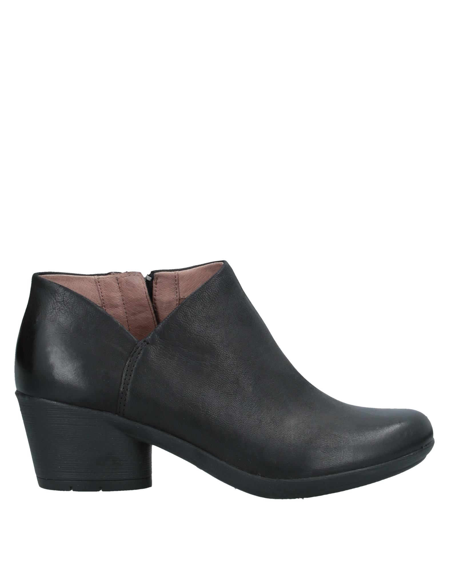 DANSKO Booties. leather, no appliqués, solid color, zipper closure, round toeline, geometric heel, leather lining, rubber sole, contains non-textile parts of animal origin. Soft Leather