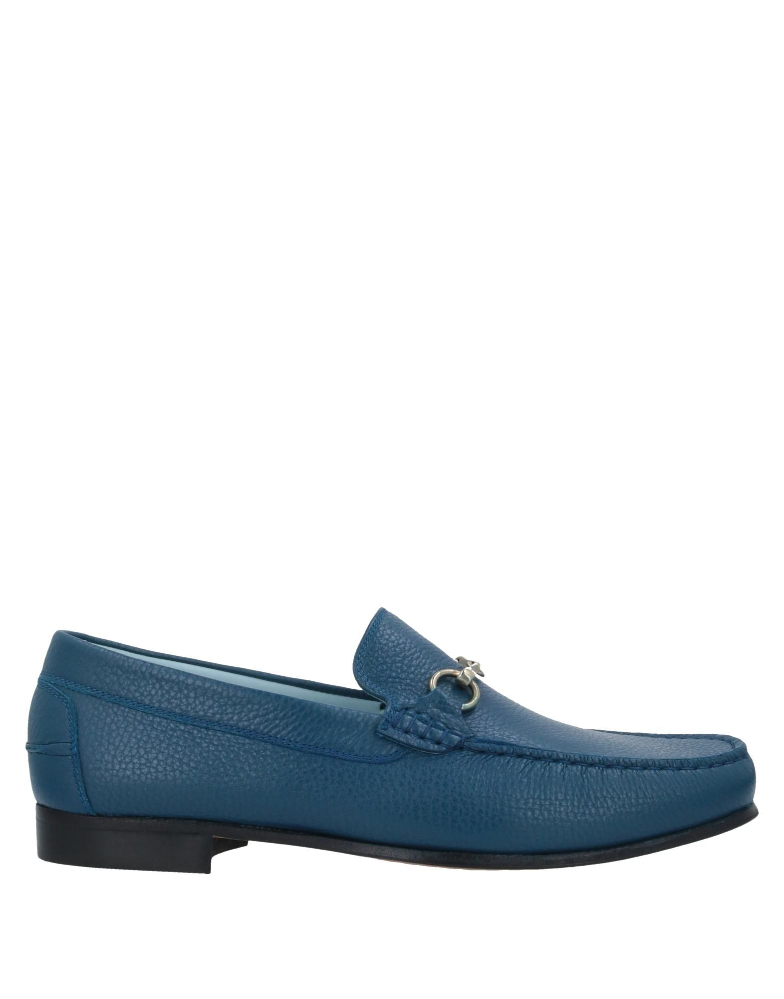 LIVERPOOL Loafers. textured leather, metal applications, solid color, round toeline, flat, leather lining, leather/rubber sole, contains non-textile parts of animal origin. Calfskin