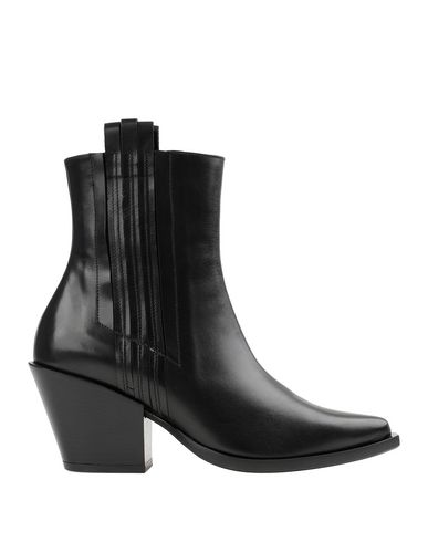 Полусапоги и высокие ботинки MYACLARA