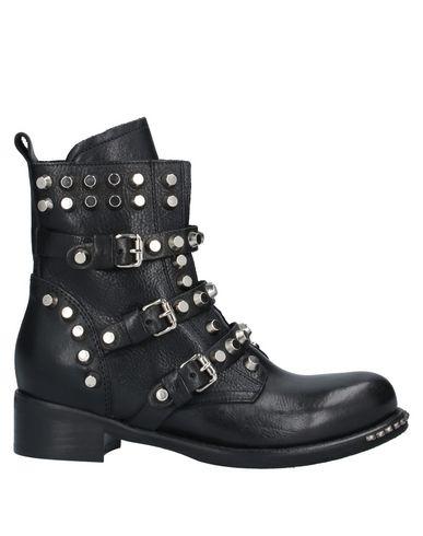 Полусапоги и высокие ботинки JUST JUICE