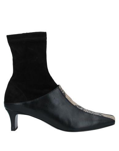 Полусапоги и высокие ботинки SALONDEJU