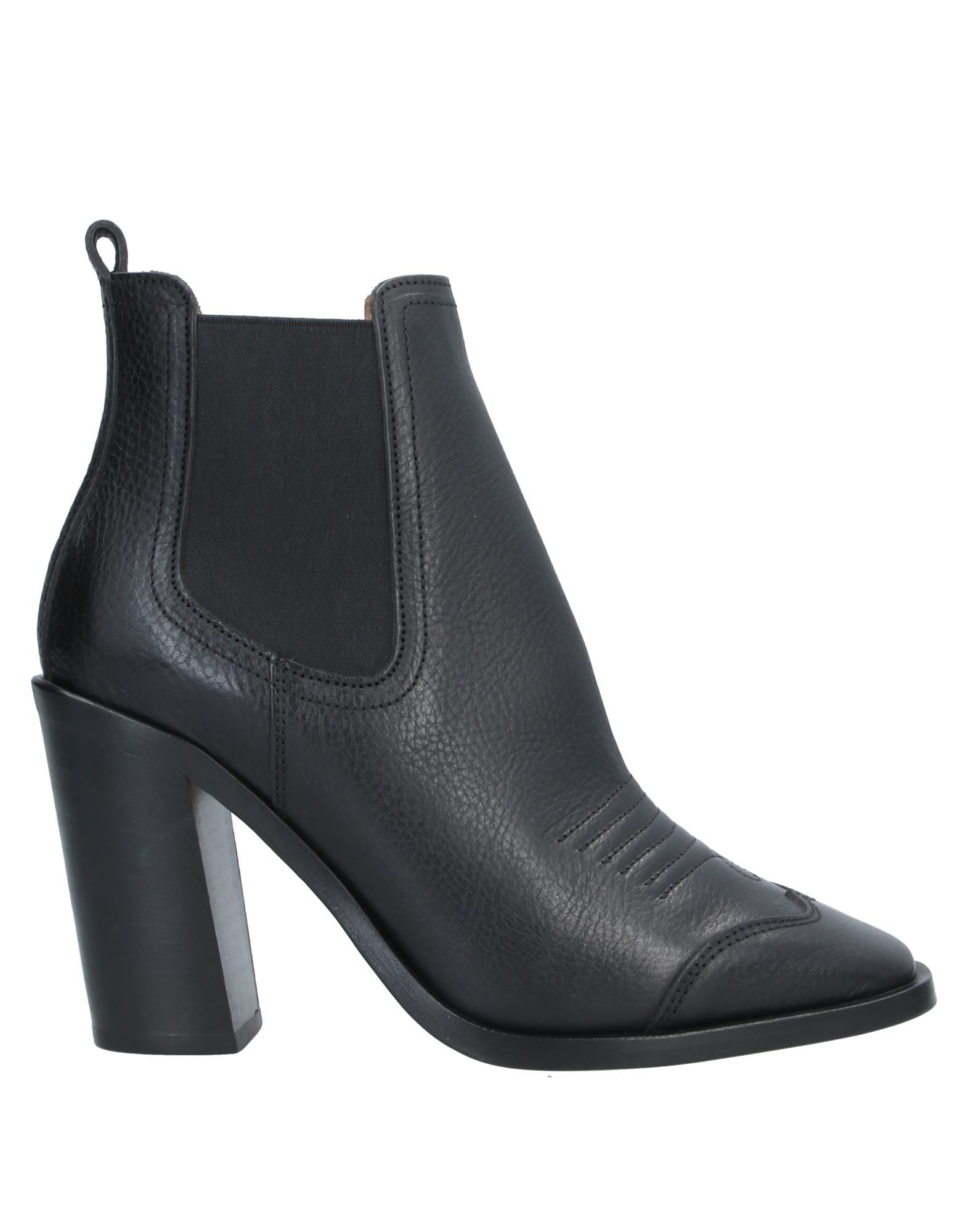 OFF-WHITE™ Ankle boots. leather, stitching, solid color, elasticized gores, square toeline, cuban heel, leather lining, leather sole, contains non-textile parts of animal origin, torn fabric, textured leather, small sized. Soft Leather, Textile fibers