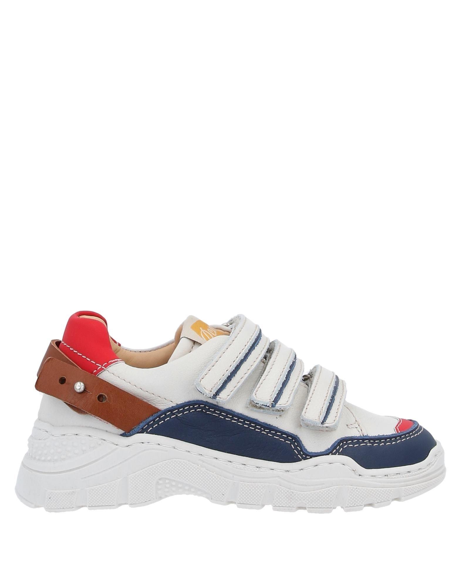 OCRA Низкие кеды и кроссовки