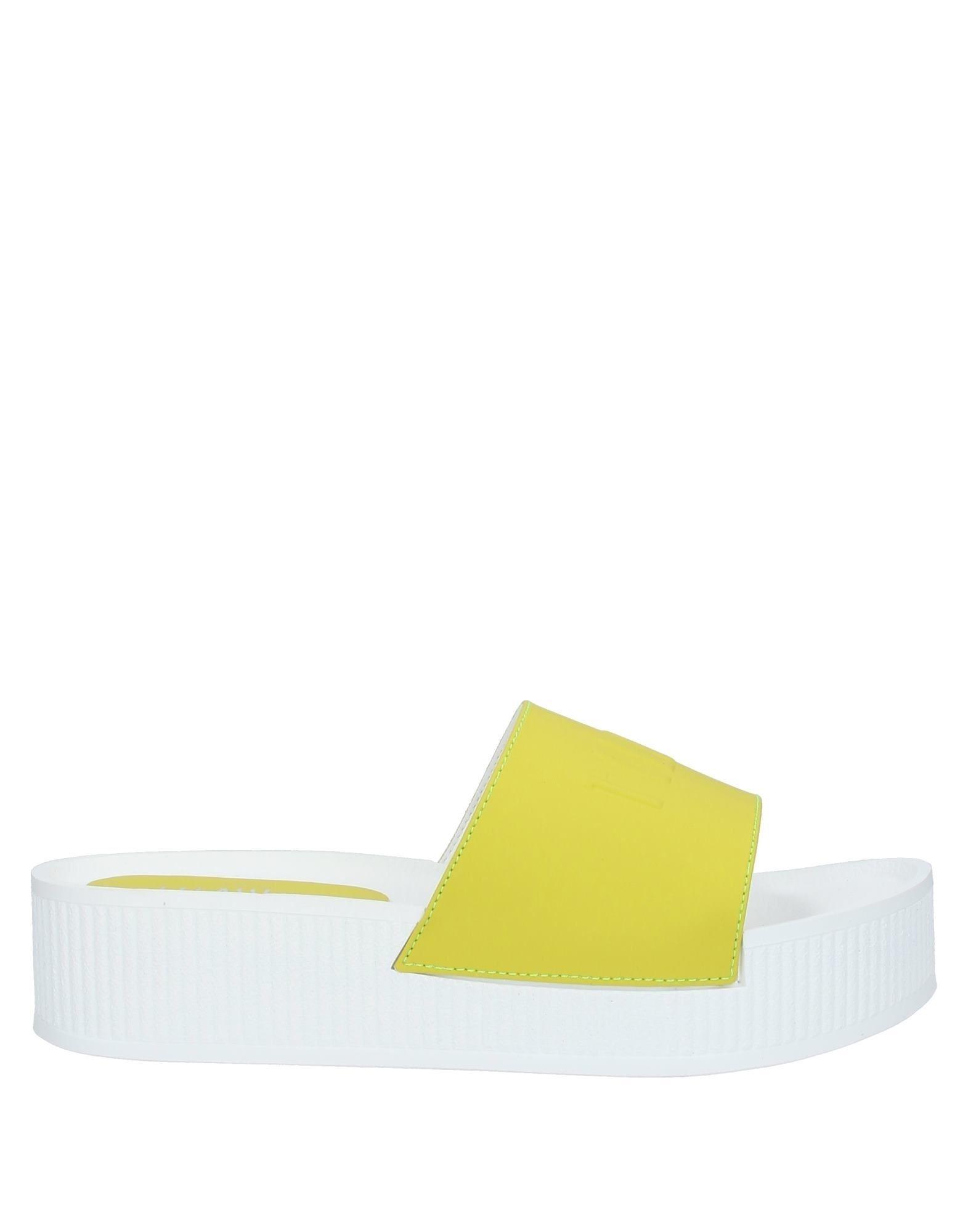 《セール開催中》ALVIERO MARTINI 1a CLASSE レディース サンダル ビタミングリーン 36 ポリウレタン 70% / PES - ポリエーテルサルフォン 18% / コットン 12%