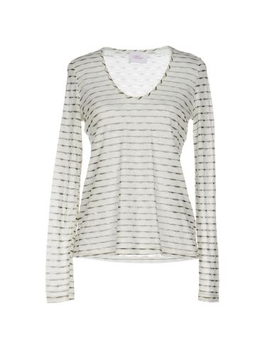 Image of VIOLET TOPWEAR T-shirts Women on YOOX.COM