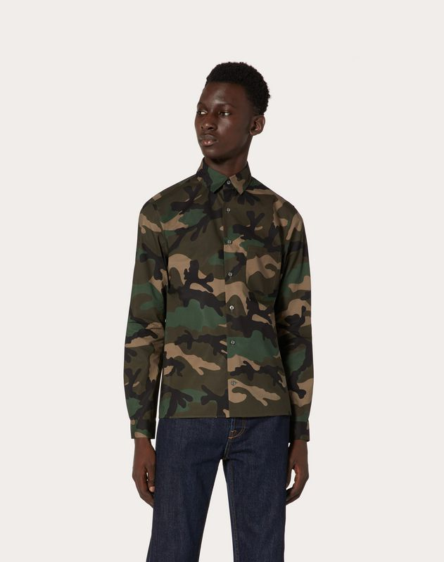 CAMOUFLAGE PRINT SHORT SLEEVED SHIRT