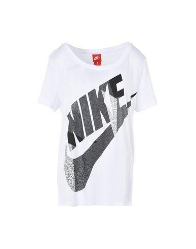 Imagen principal de producto de NIKE TEE SHORT SLEEVE SKYSCRAPER - CAMISETAS Y TOPS - Camisetas - Nike