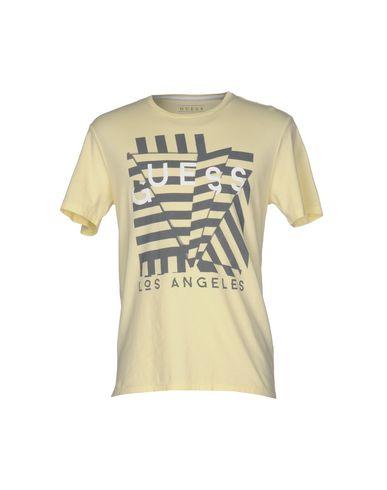 Foto GUESS T-shirt uomo T-shirts