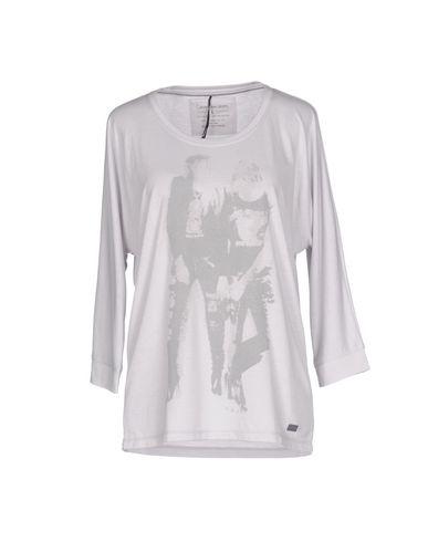 Imagen principal de producto de CALVIN KLEIN JEANS - CAMISETAS Y TOPS - Camisetas - Calvin Klein