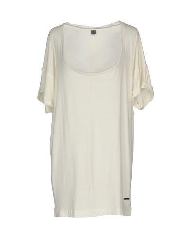 Imagen principal de producto de CK CALVIN KLEIN - CAMISETAS Y TOPS - Camisetas - Calvin Klein