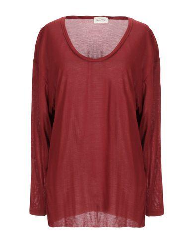 Фото - Женскую футболку  кирпично-красного цвета