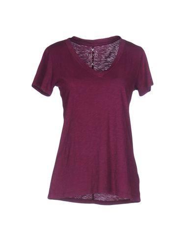 Фото - Женскую футболку  розовато-лилового цвета