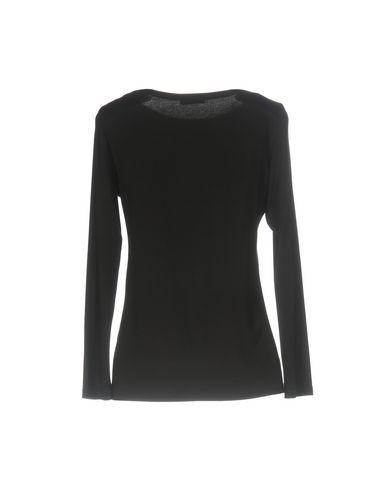 Фото 2 - Женскую футболку GRAN SASSO черного цвета