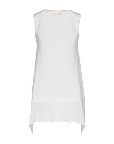Фото 2 - Женскую футболку VDP CLUB белого цвета