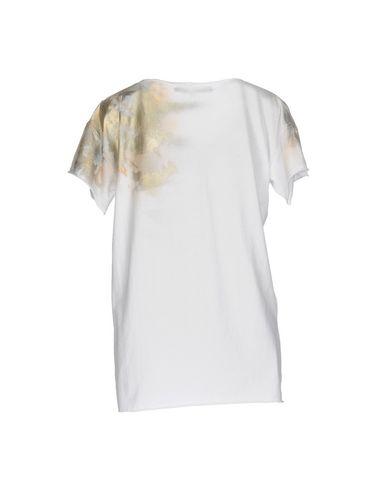 Фото 2 - Женскую футболку TERRE ALTE белого цвета